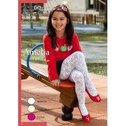 Mona  Amelia   01